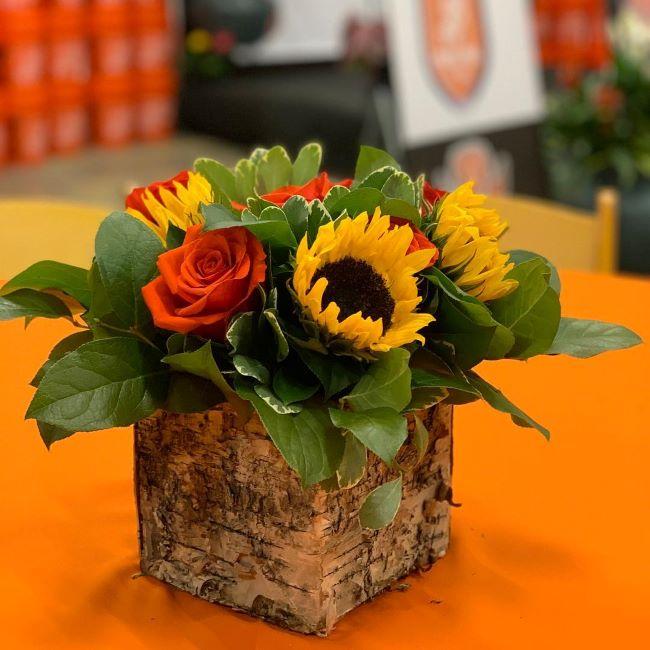 flores para quinceañero color naranja