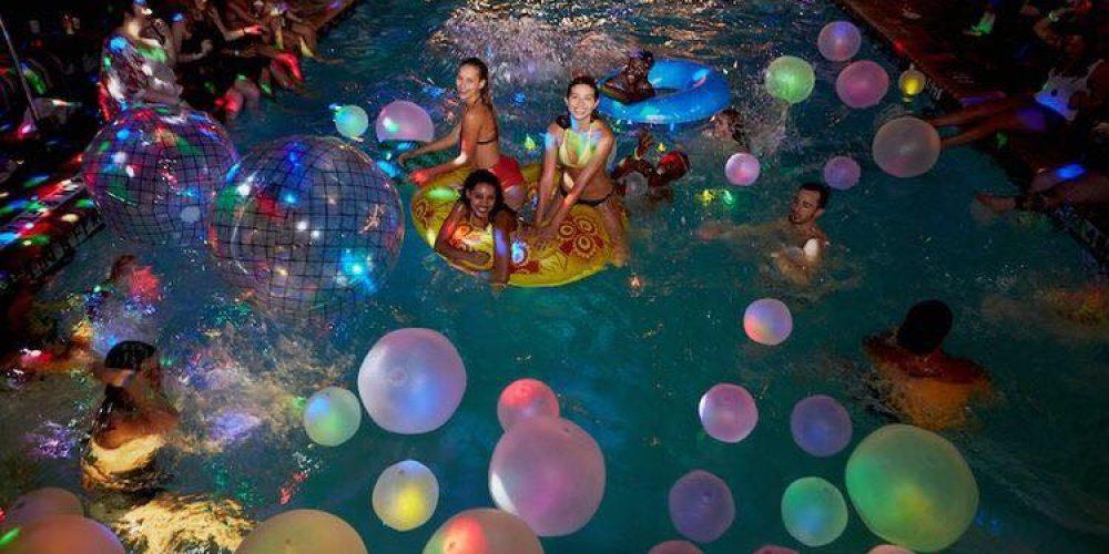 Celebra un pool party para tus quince