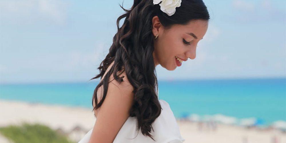 Looks de blanco para quinceañeros en la playa